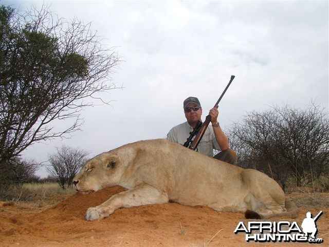 Nicholas Dorion lioness 2009 charged and was dropped @ 9 yards