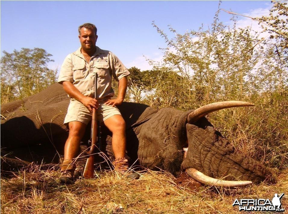 PAC Elephant hunt from Mozambique