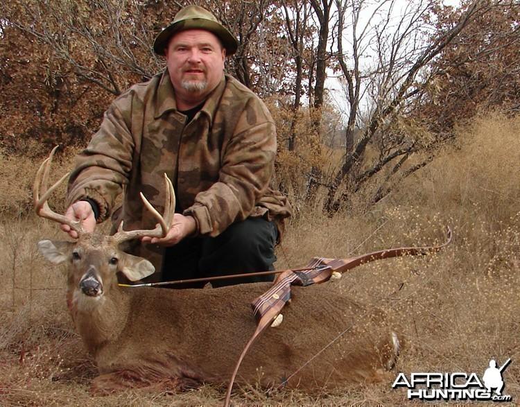 Bowhunting Buck