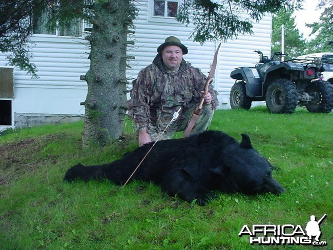 Black Bear Bowhunting