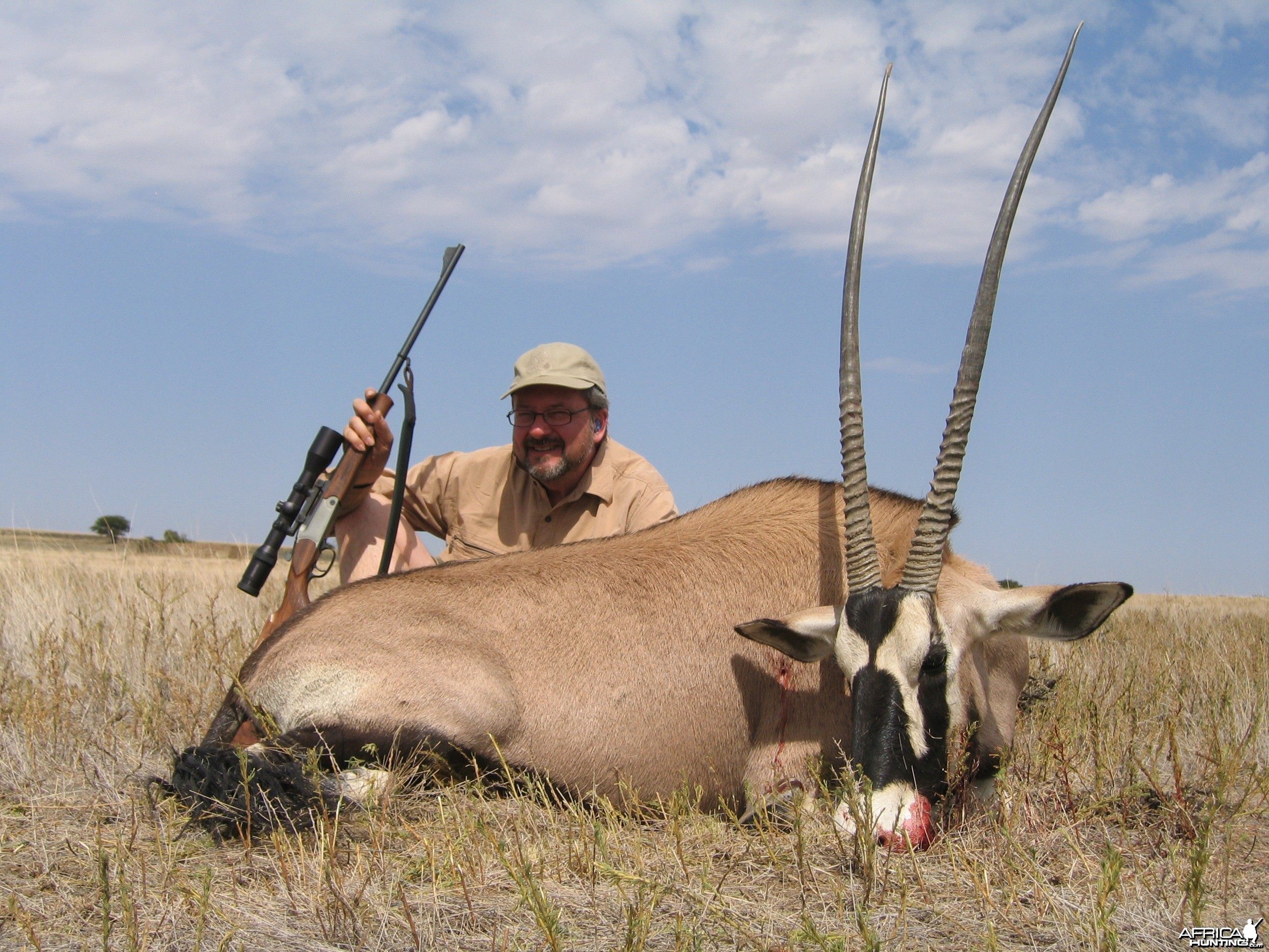 Hunting Gemsbok SAVANNA HUNTING SAFARIS