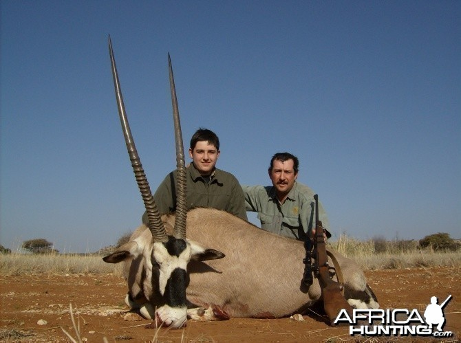 Hunting Gemsbok 40 inch Bull