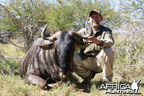Hunting Wildebeest