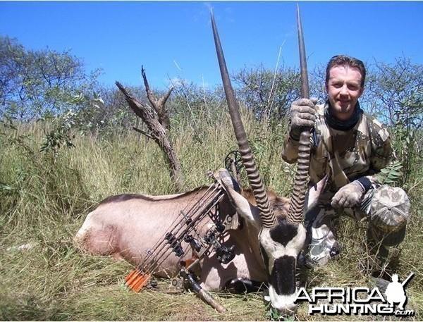 Bowhunting Oryx