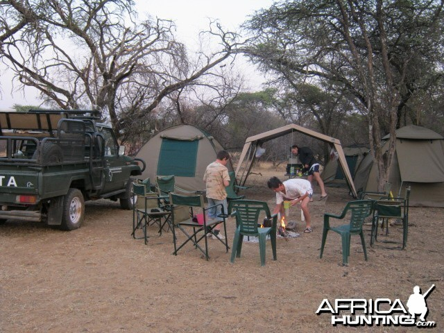 Camping with the kids Savanna hunting safaris