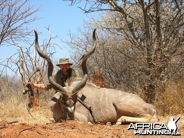 Bowhunting Kudu in Namibia