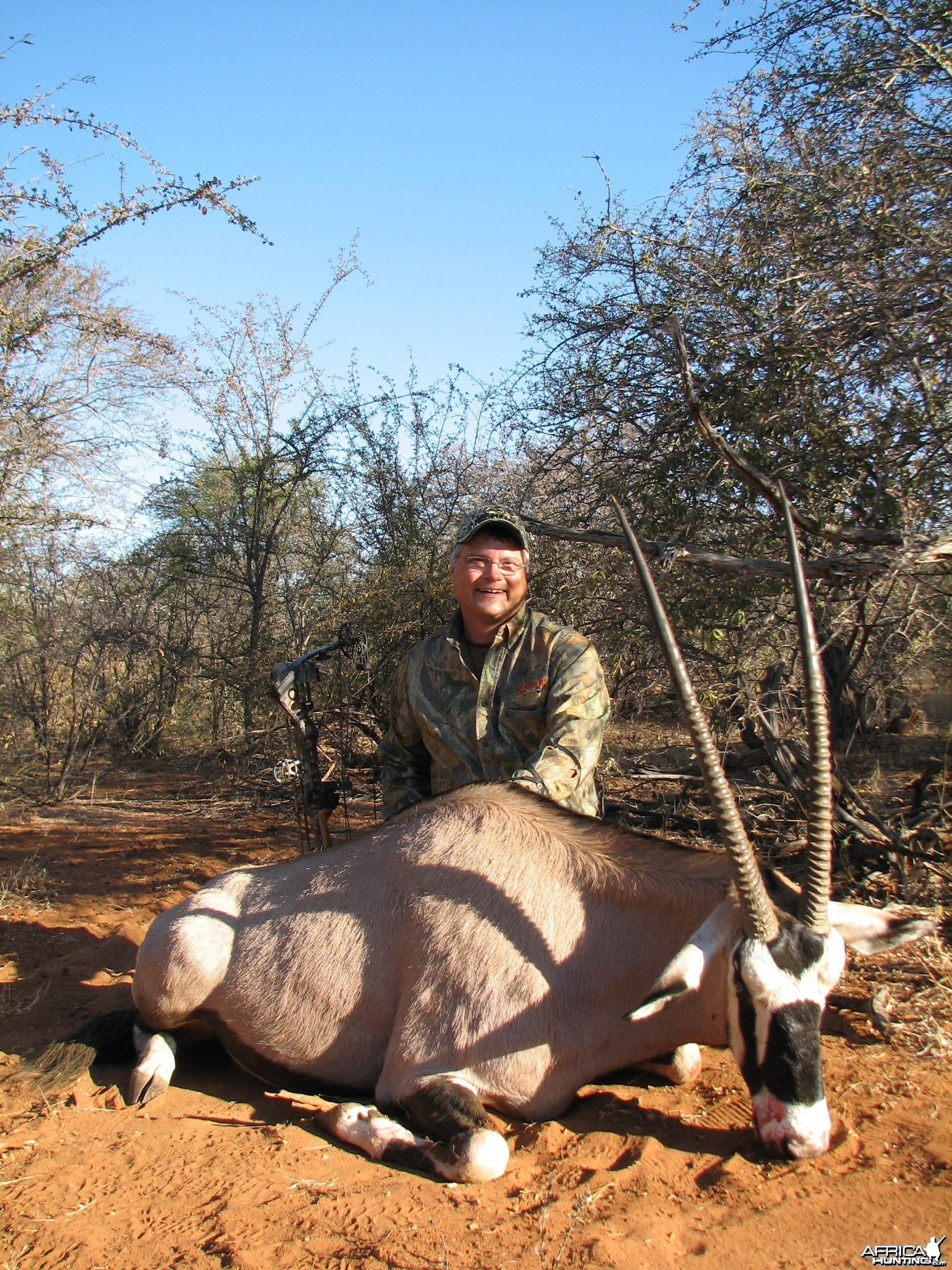 Bow Hunting Gemsbok 2006 RSA Limpopo trip