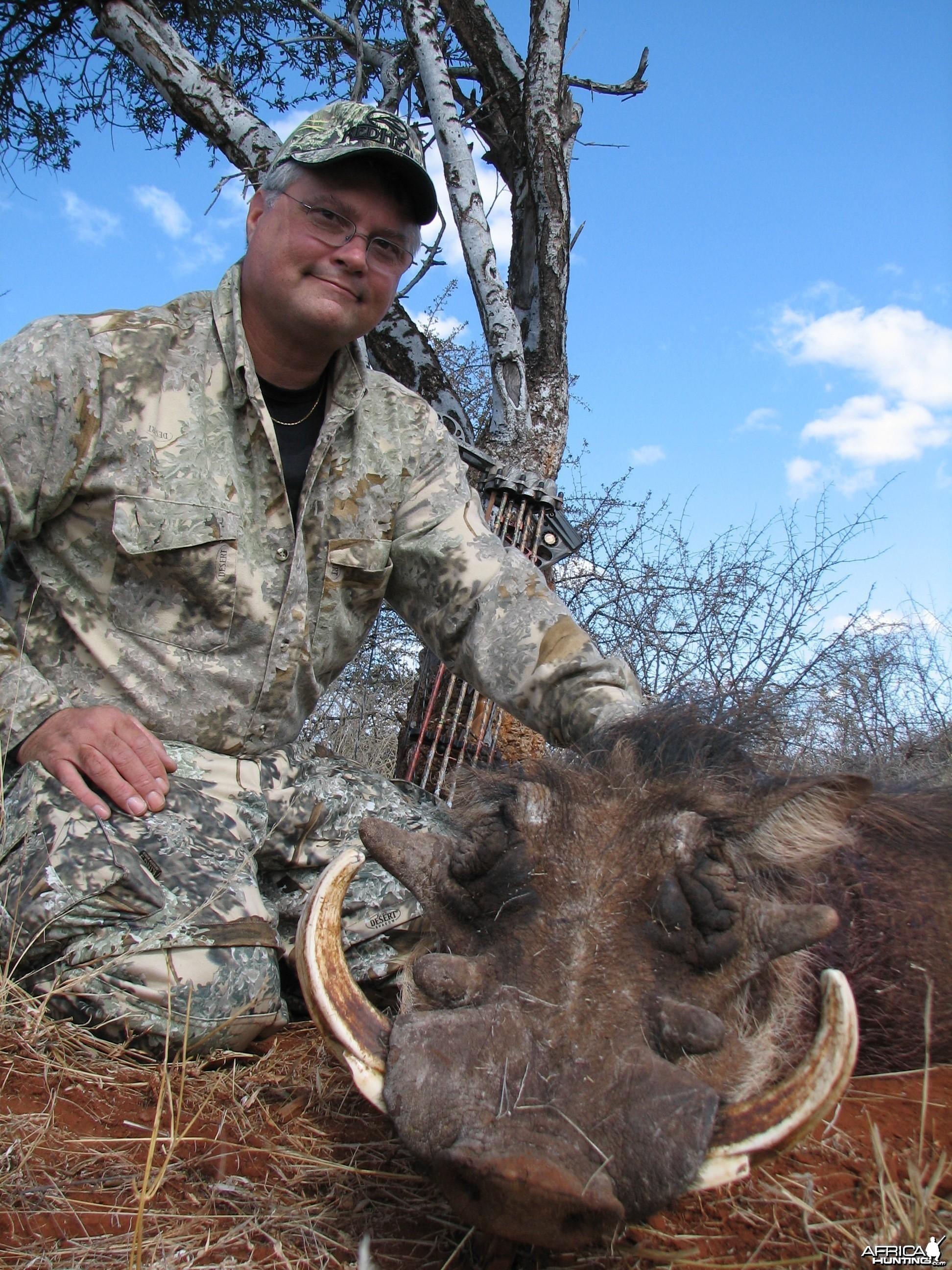 Bow Hunting Warthog 2006 RSA Limpopo trip