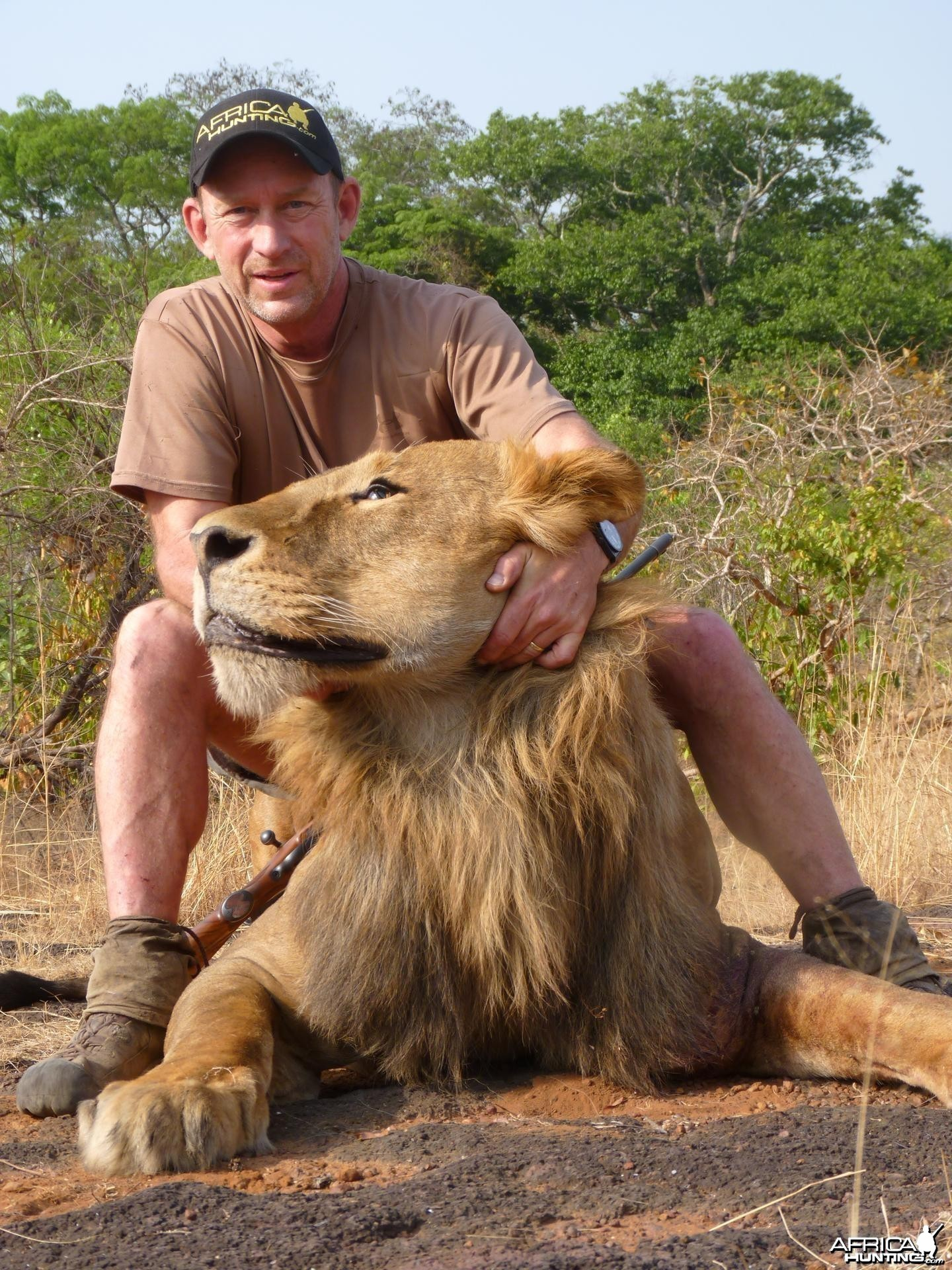 One shot kill on this big Lion hunted in CAR