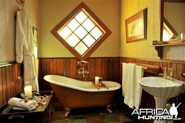 Thuru Lodge - Wintershoek Johnny Vivier Safaris in South Africa