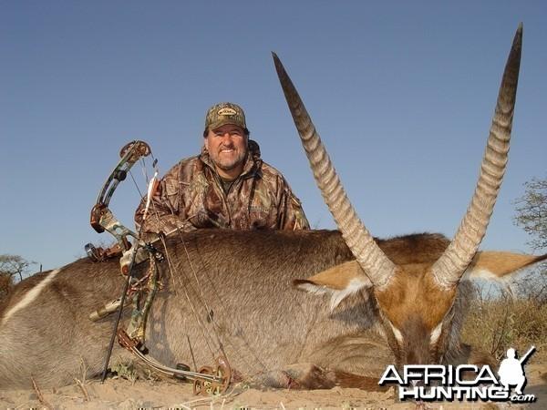 Bowhunting Waterbuck with Wintershoek Johnny Vivier Safaris in South Africa