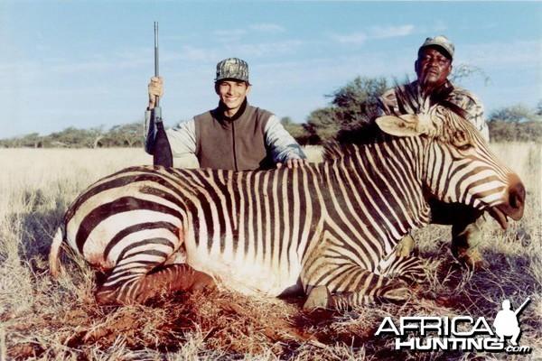 Hunting Mountain Zebra with Wintershoek Johnny Vivier Safaris in SA