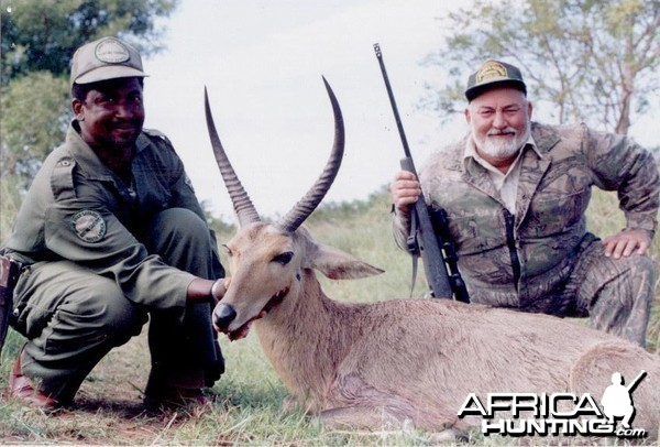 Hunting Reedbuck with Wintershoek Johnny Vivier Safaris in SA
