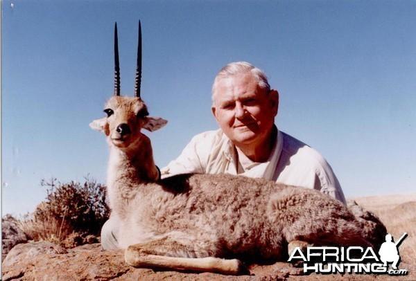 Hunting Vaal Rhebuck with Wintershoek Johnny Vivier Safaris in SA