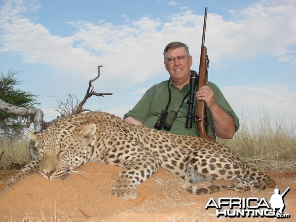 Hunting Leopard with Wintershoek Johnny Vivier Safaris in SA