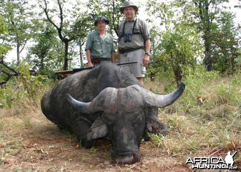 Nice old Buffalo bull, Shaun Buffee and me in Zimbabwe