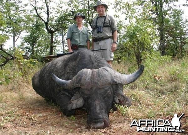 Nice old Buffalo bull, Shaun Buffee and me in Zimbabwe