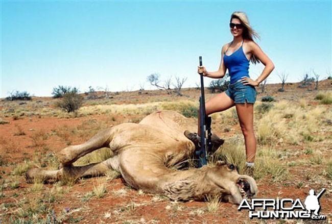 Babe Hunting Camel
