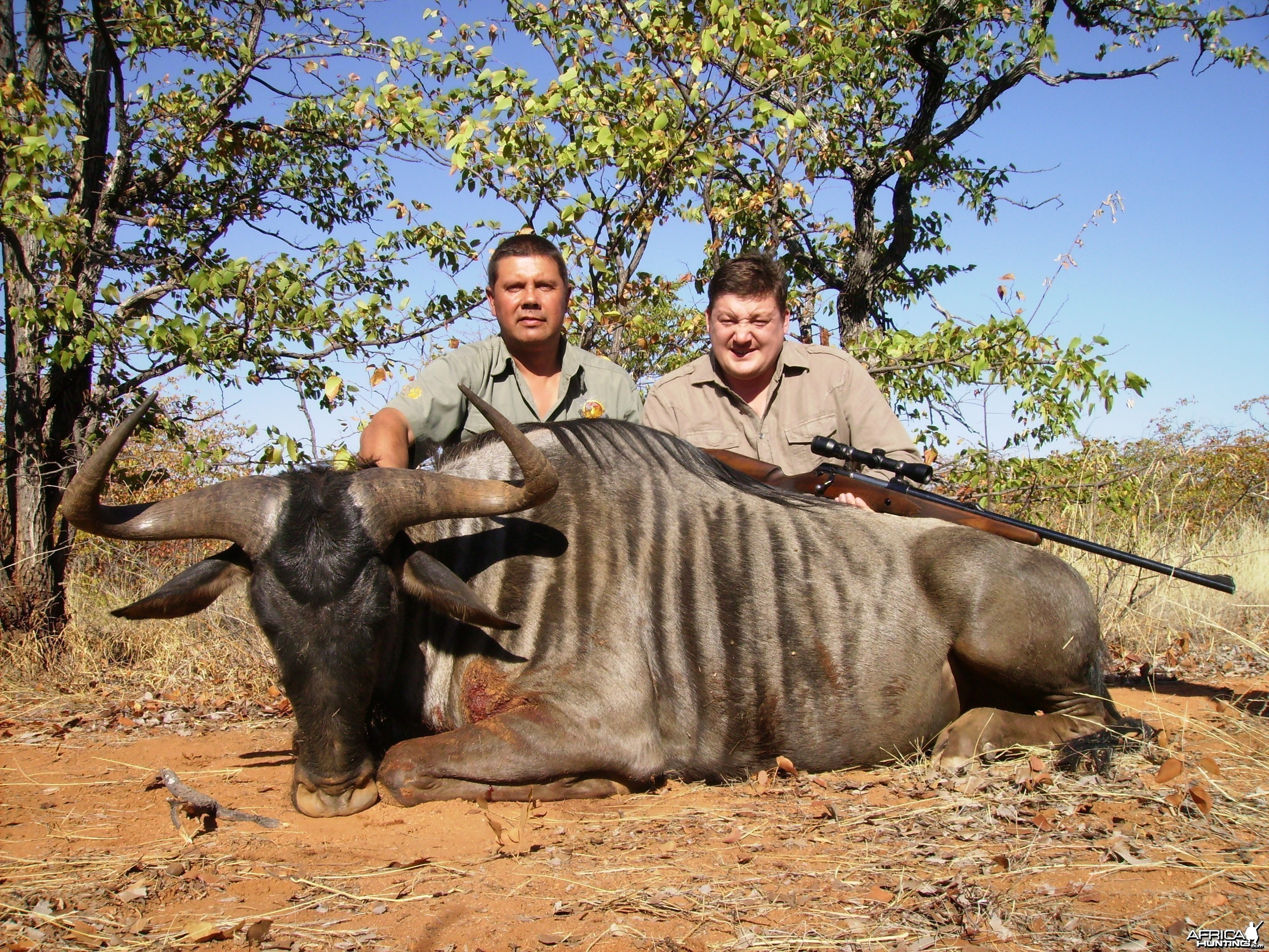 vadim with 31 inch blue wildebeest 2011