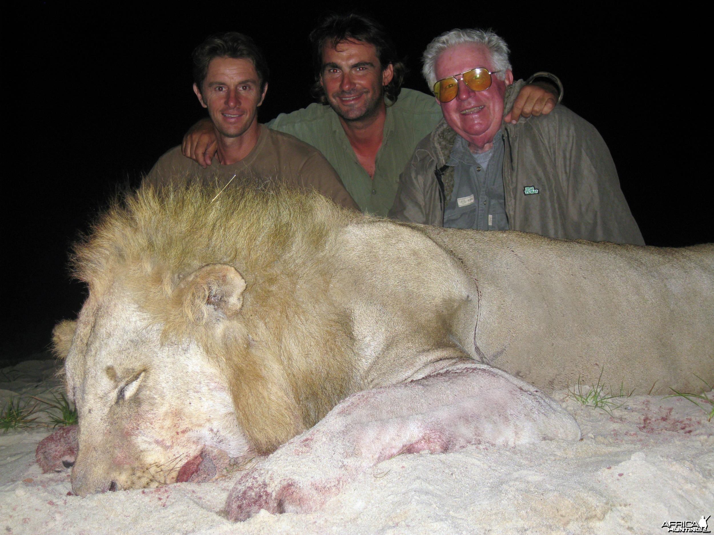 Lion Tanzania 2008 Selous TAWISA