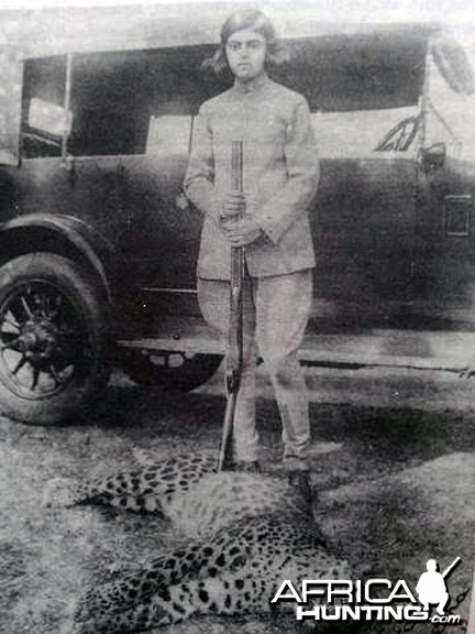 Maharani Gayatri Devi of Jaipur with her first panther at age 12