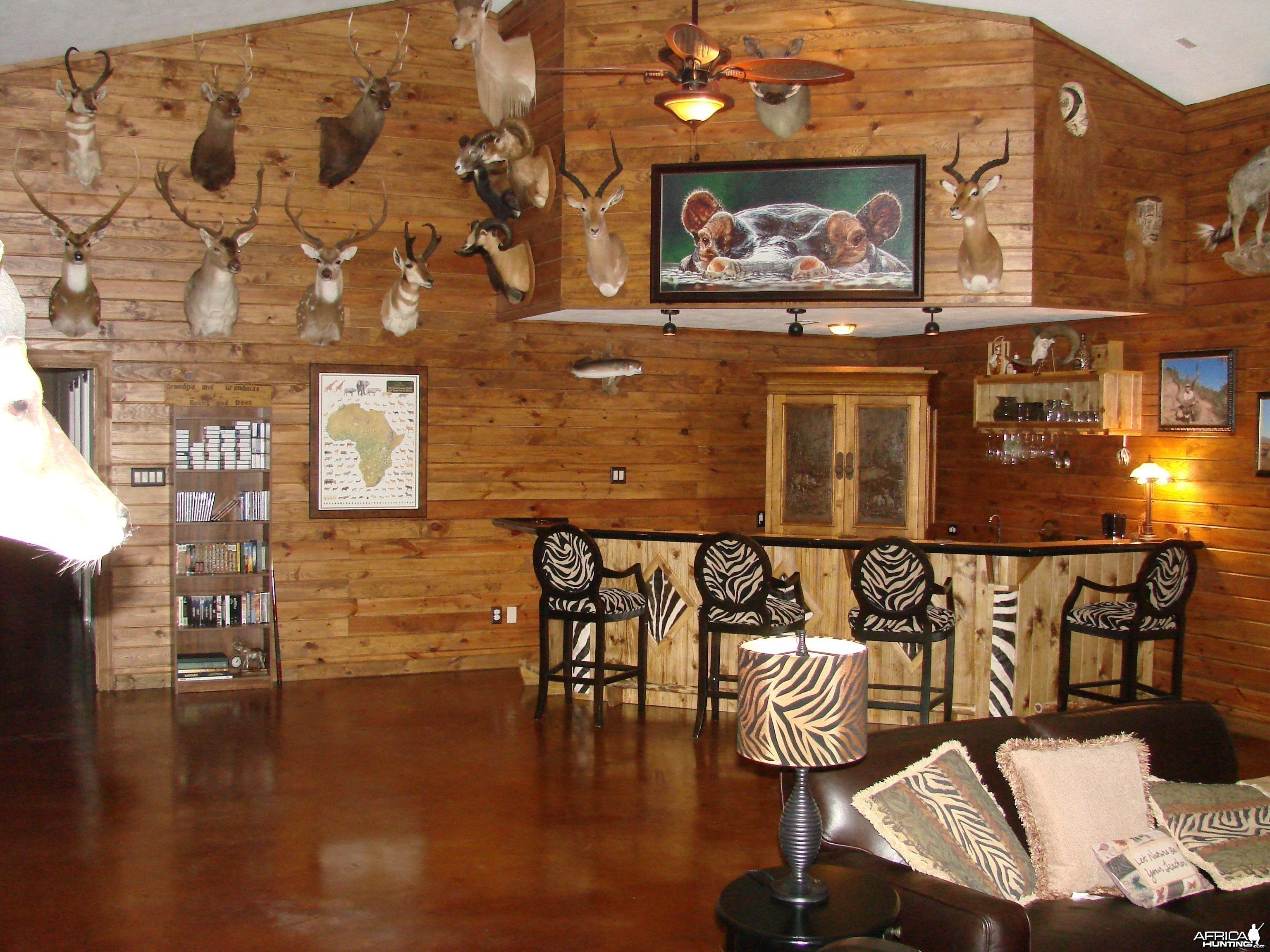 Trophy Room - Bar area