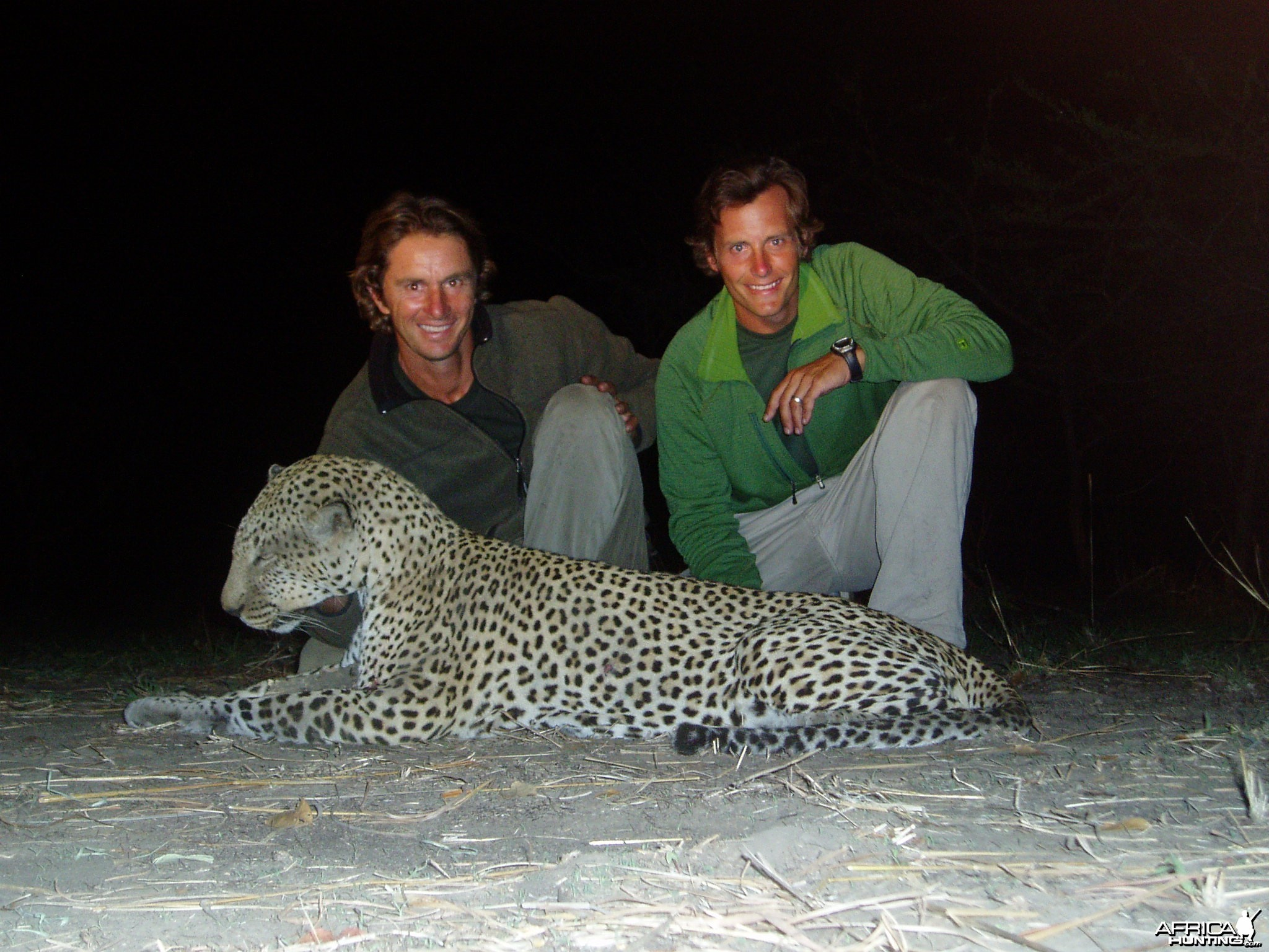 Chasse Leopard Selous Tanzanie