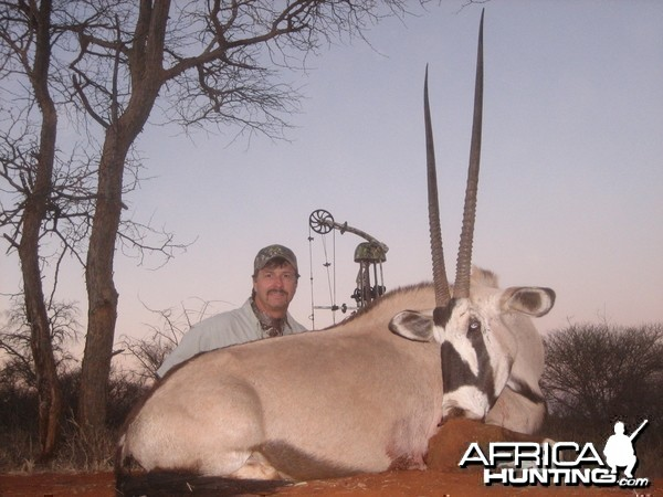 Gemsbok with a bow. Limcroma safaris 2009