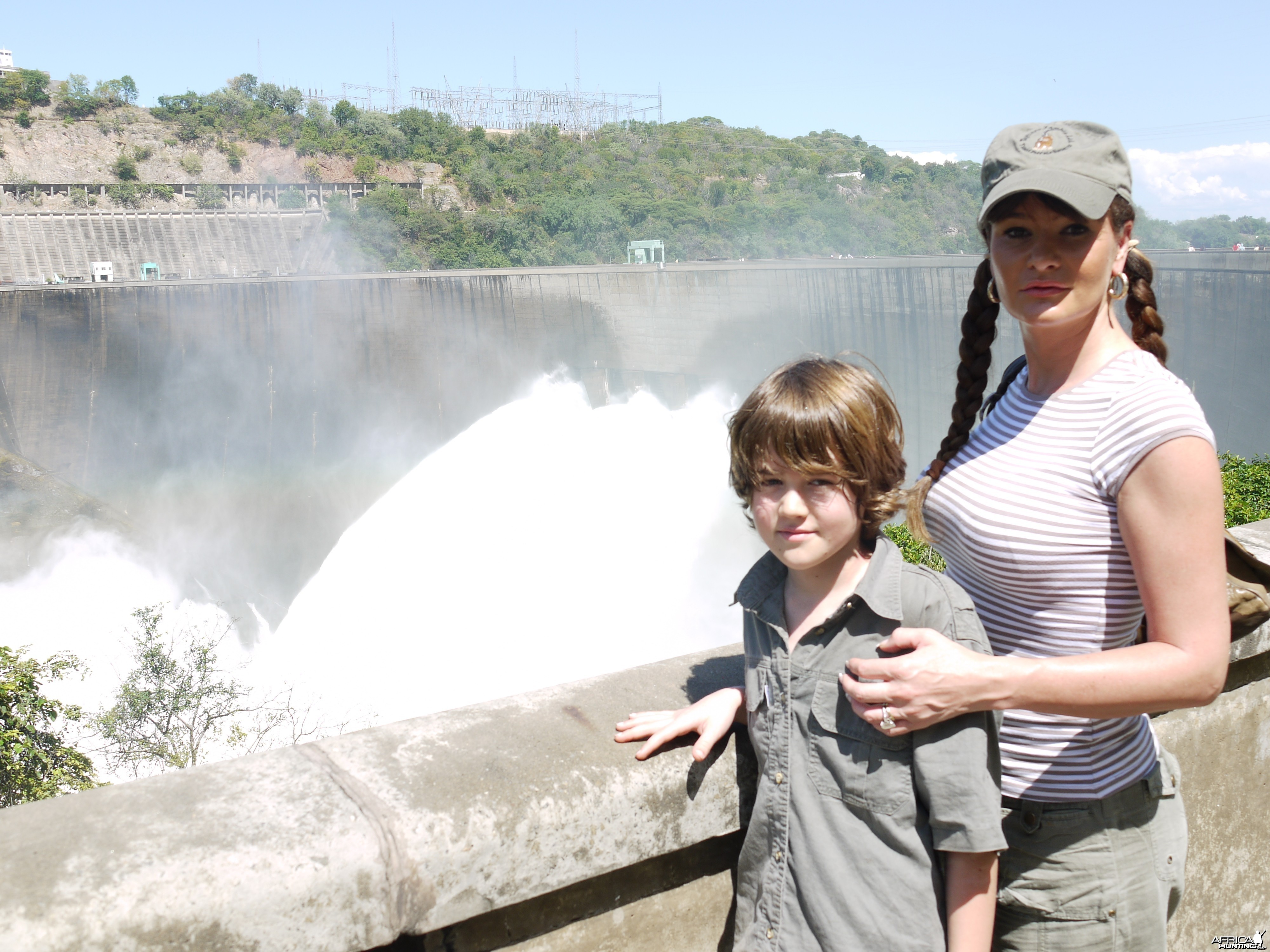 kariba dam april 2010 with the gates open