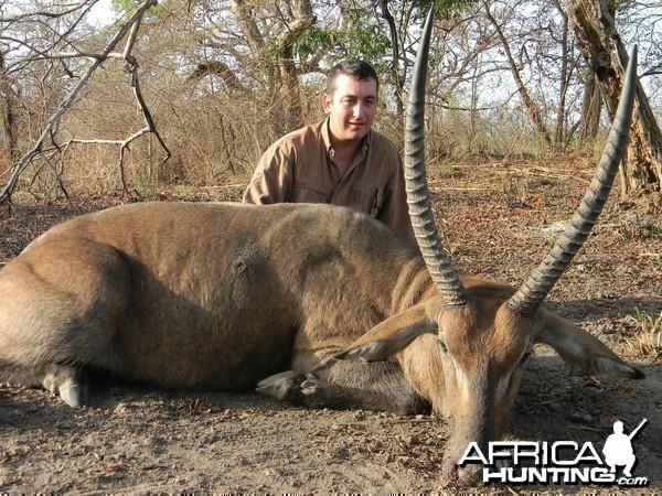 Defassa Waterbuck hunted in Benin with Club Faune