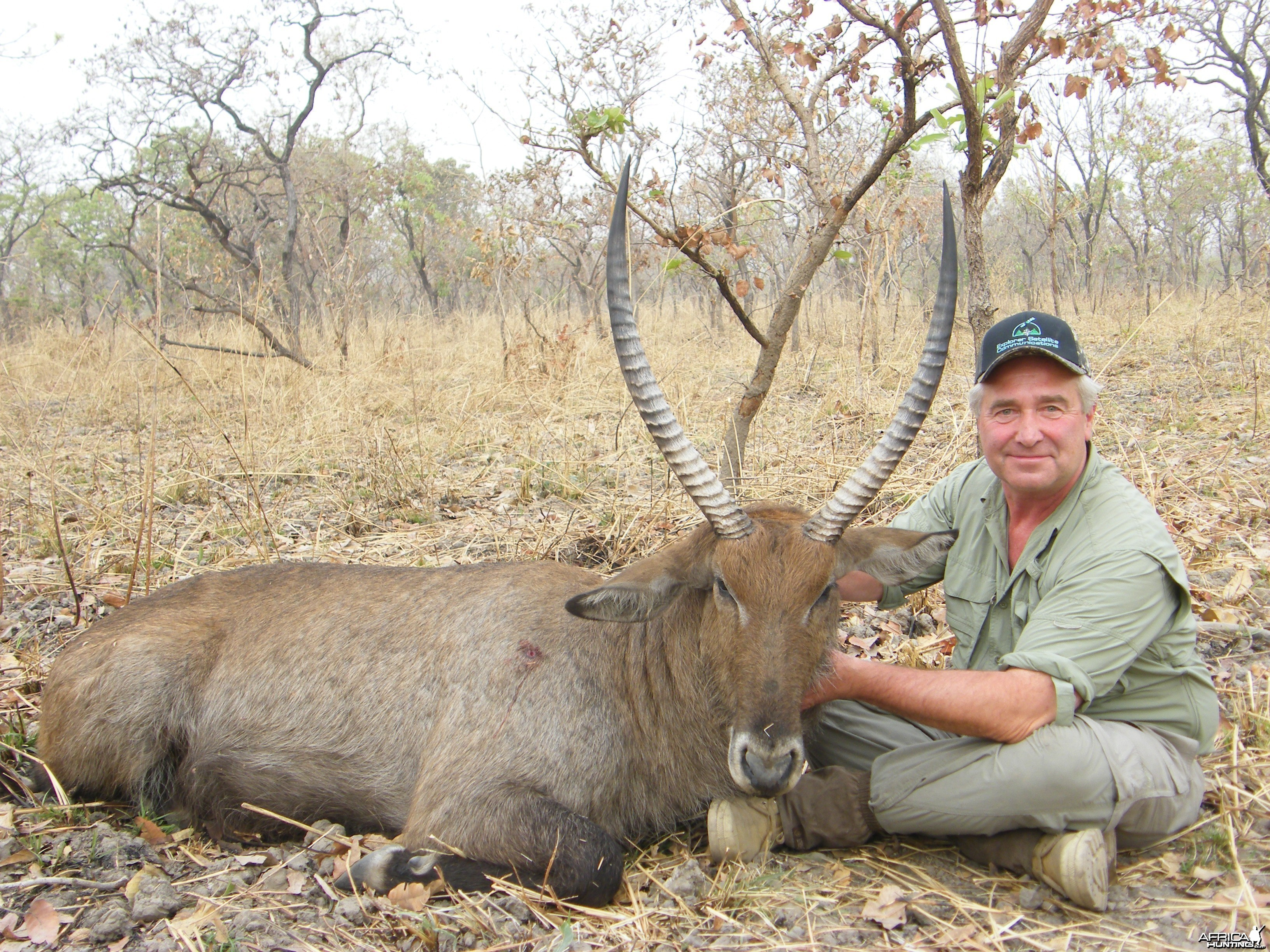 Defassa Waterbuck hunted in Cameroon with Club Faune