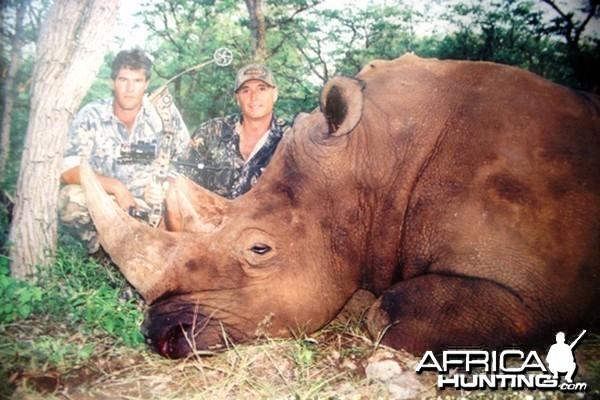 Bowhunting White Rhinoceros