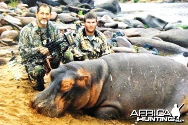 Hippo Bowhunt