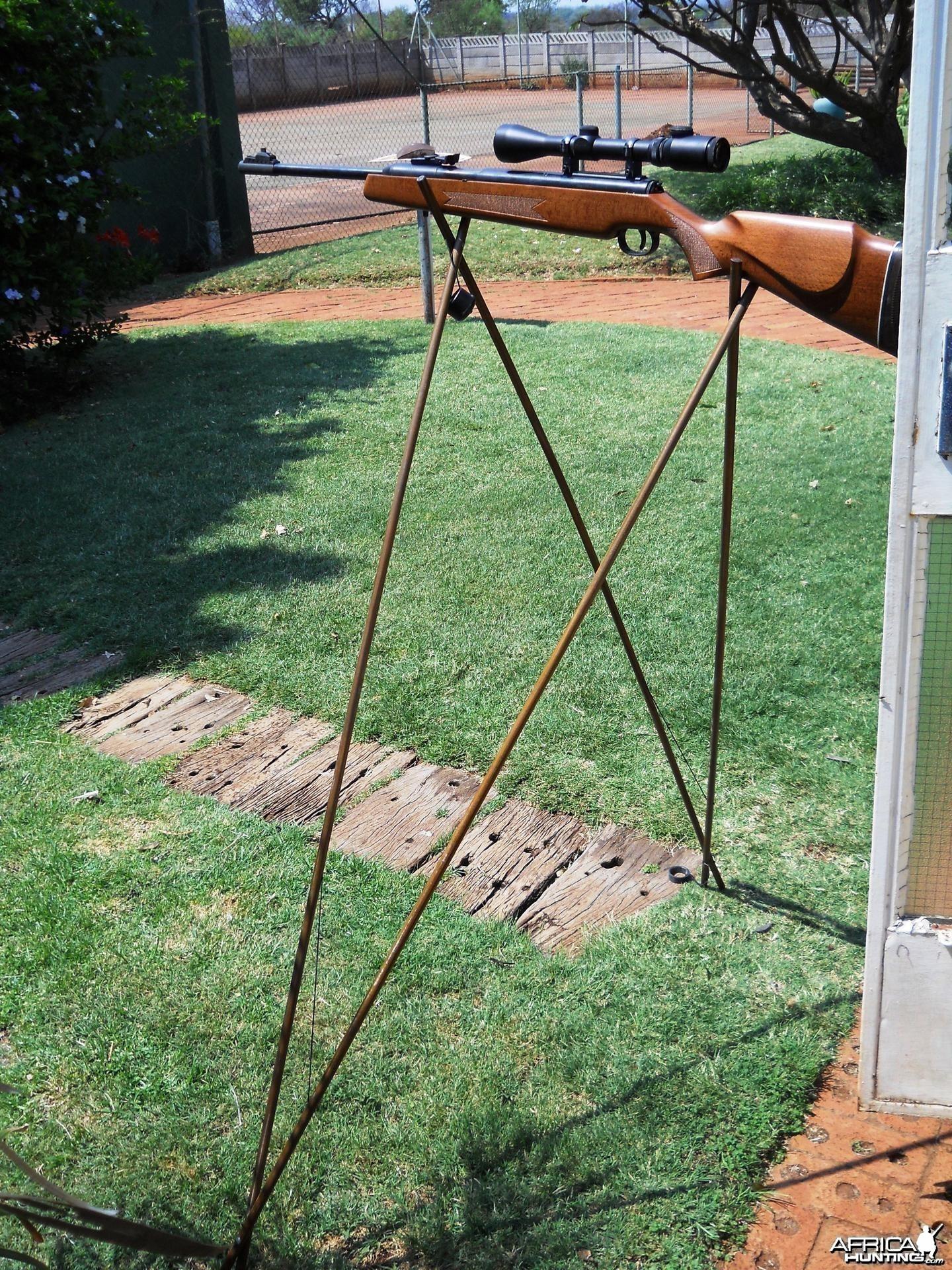 Ultimate accuracy shooting sticks