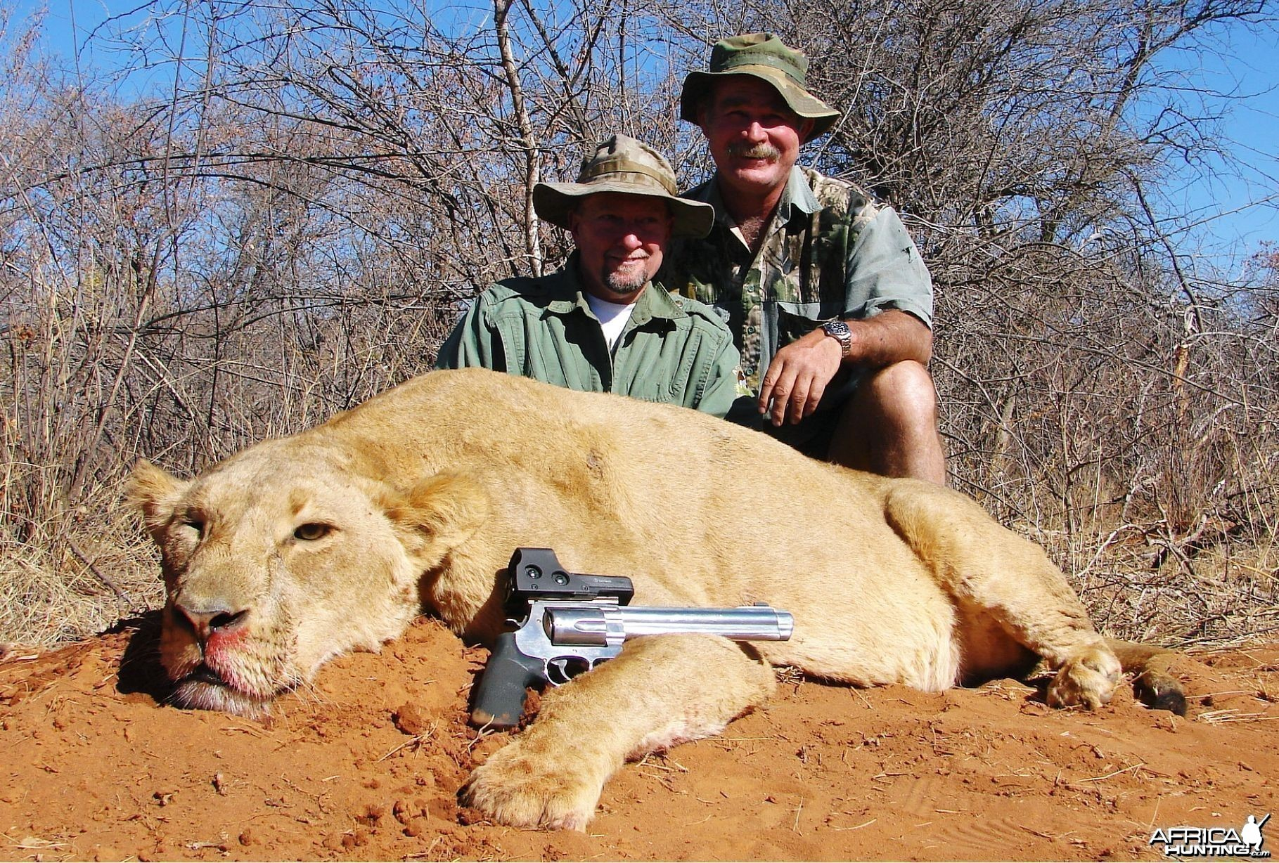 Lion hunt with Africa Hunt Lodge
