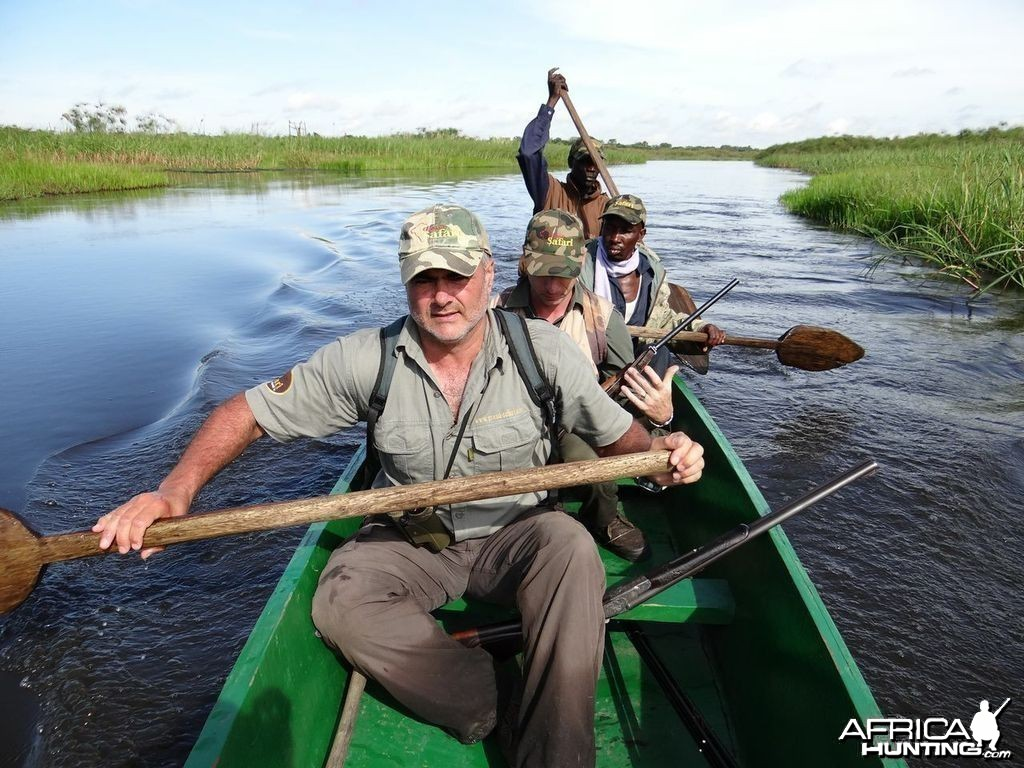 Reaching Machane by boat Hunting Uganda