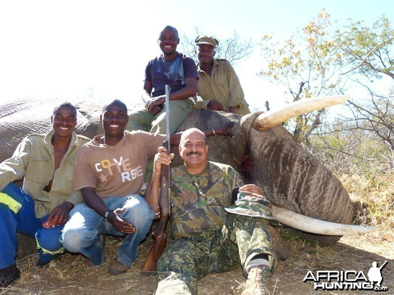 Elephant hunt with Wintershoek Johnny Vivier Safaris