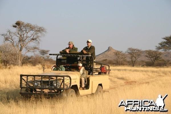 Hunting Vehicle Toyota Land Cruiser 4x4 Long Wheel Base