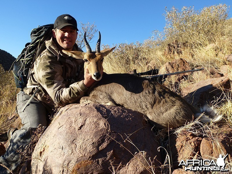 Reedbuck hunt with Wintershoek Johnny Vivier Safaris