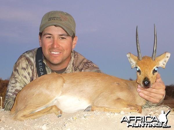 Steenbok hunt with Wintershoek Johnny Vivier Safaris