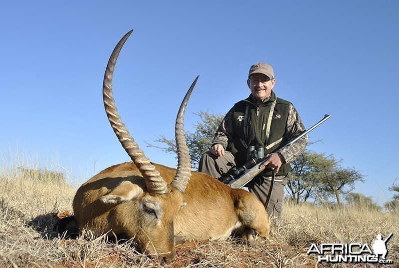 Lechwe hunt with Wintershoek Johnny Vivier Safaris
