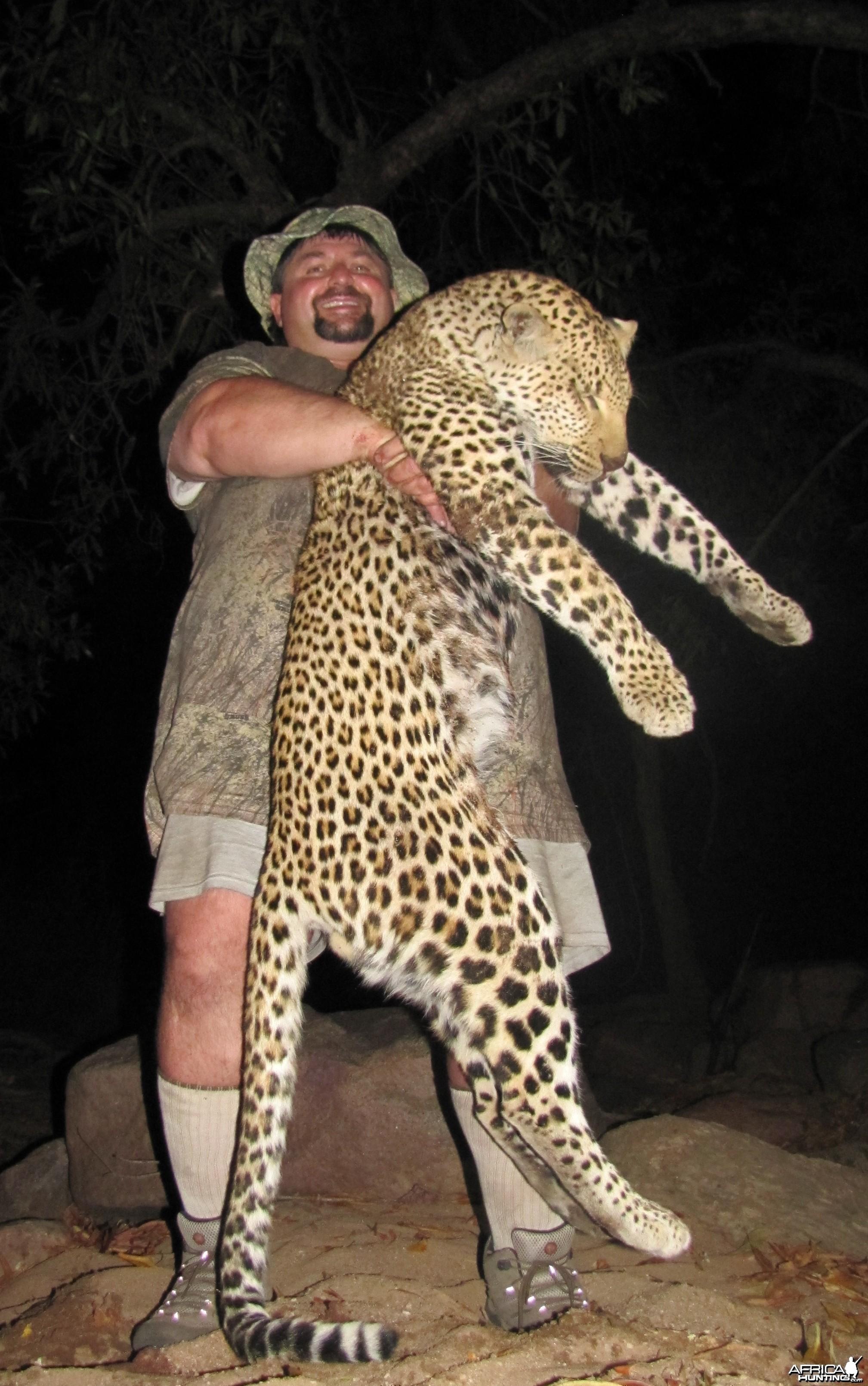Tasos Leopard Mozambique