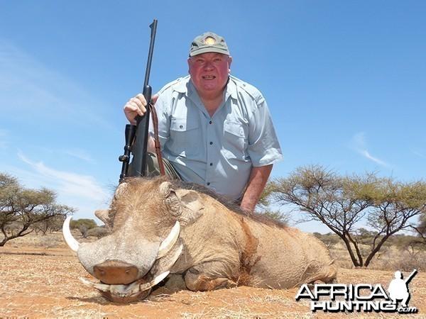 Warthog hunt with Wintershoek Johnny Vivier Safaris