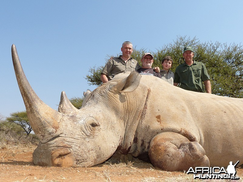 White Rhino hunt with Wintershoek Johnny Vivier Safaris