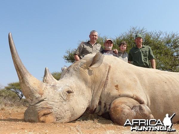 White Rhino hunt with Wintershoek Johnny Vivier Safaris
