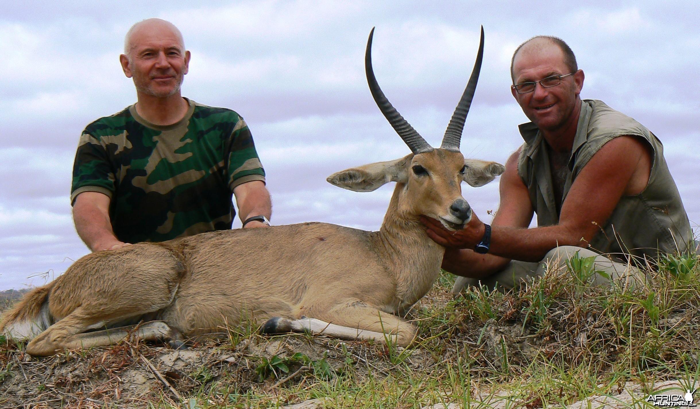 "Chasse en Tanzanie, Selous - 15"" common reedbuck"