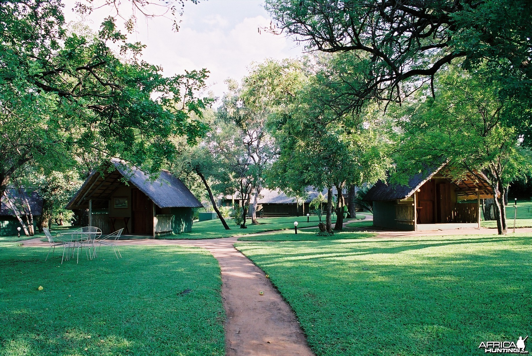 Shumba Safari Lodge