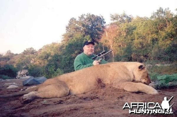 Handgun Lioness  -- Lowveld riverbed