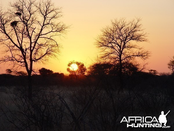 African sunrise at Limcroma