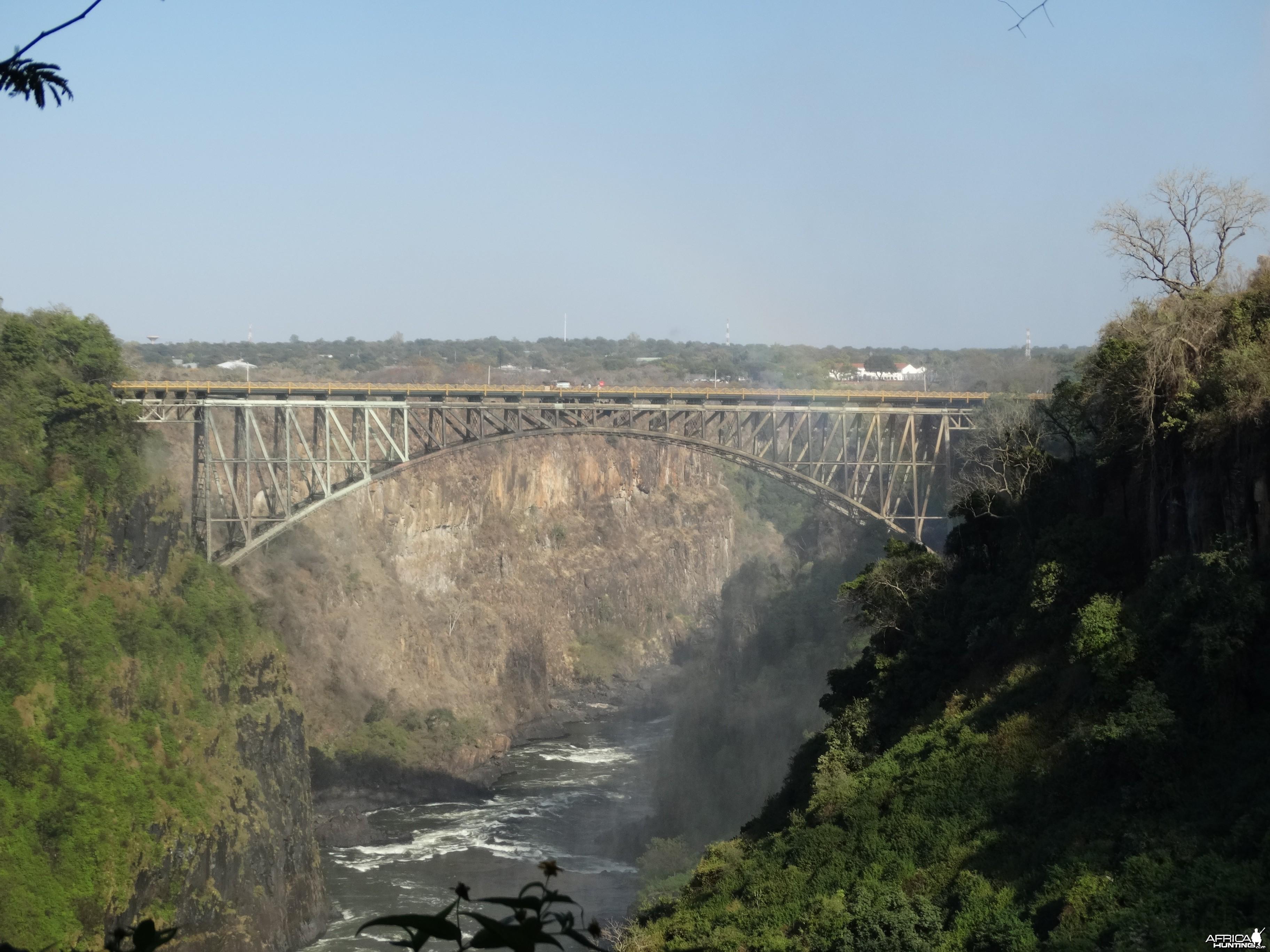 Zambezi R bridge